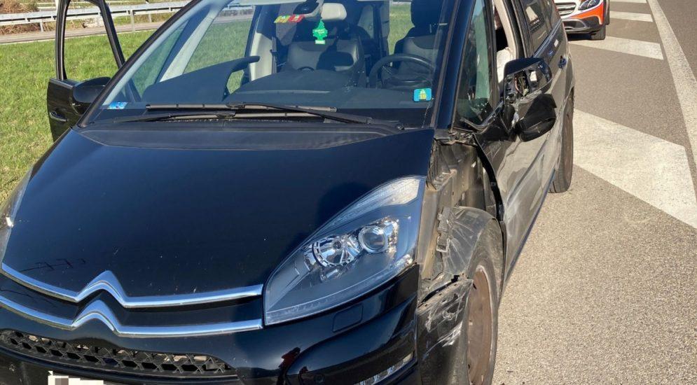 Unfall A3 Niederurnen GL: Fahrer (21) crasht gegen Mittelleitplanke