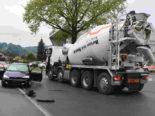 Widnau SG: Unfall zwischen Lastwagen und Auto fordert Verletzte