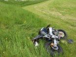 Unfall Wil SG: Motorradfahrer stürzt nach Kollision Wiesenbord herunter