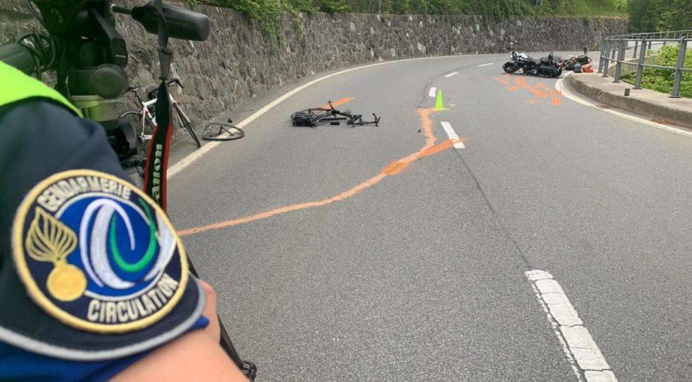 Velofahrer nach Unfall mit Motorradlenker getötet