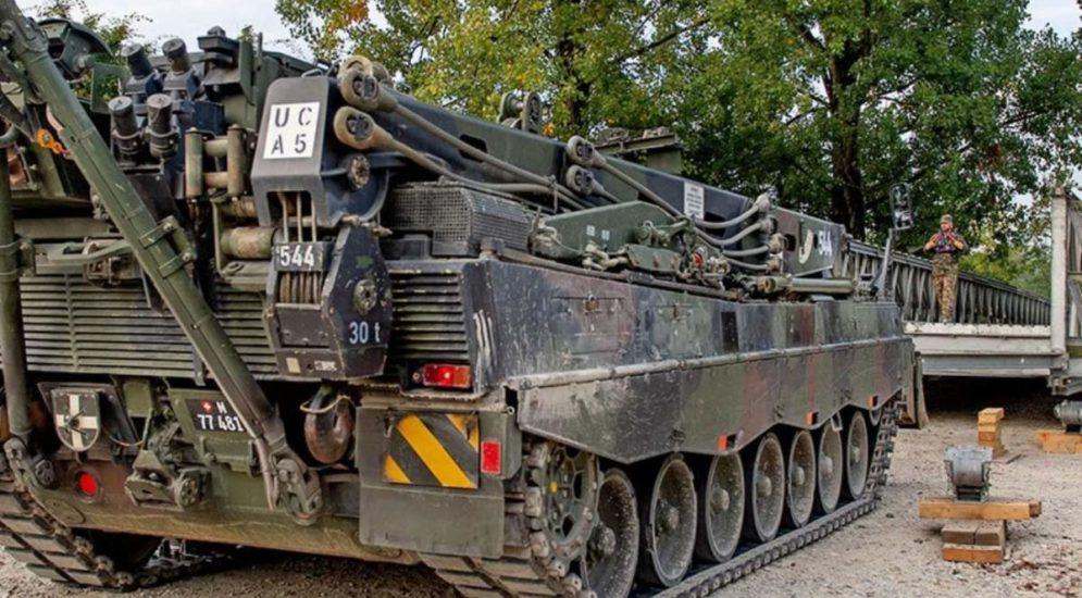 Vier Soldaten bewusstlos in Panzer aufgefunden - Drei schwer verletzt