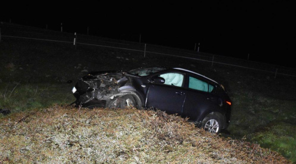 Unfall Bivio GR: PW-Insassen (23 & 41) überschlagen sich heftig