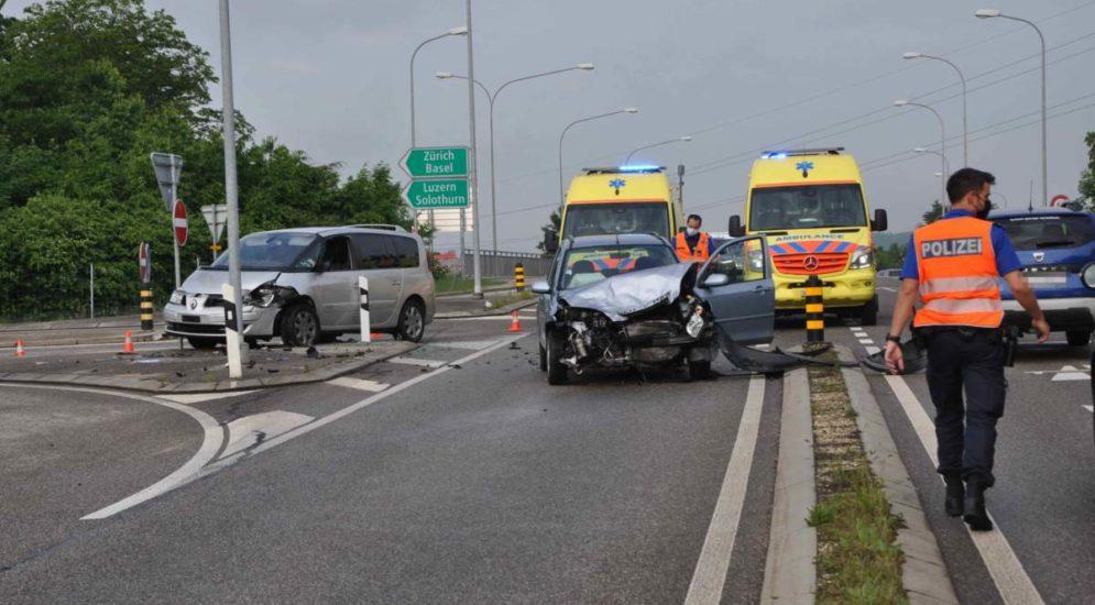 Unfall Kriegstetten SO: Kollision bei Autobahneinfahrt fordert zwei Verletzte