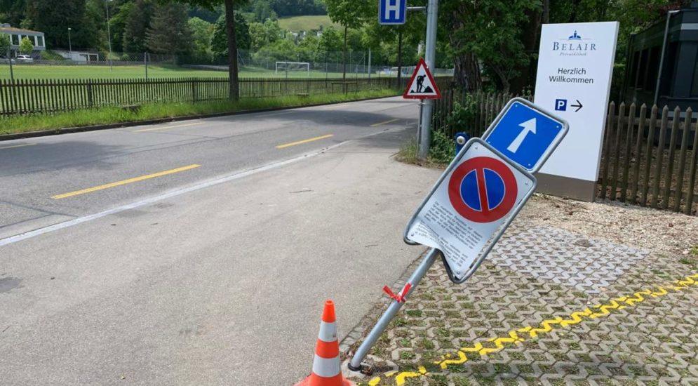 Stadt Schaffhausen: Bei Unfall Rohrpfosten gerammt