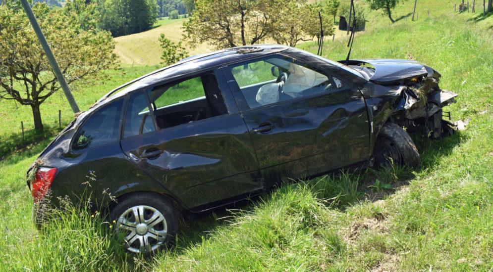 Unfall Menznau LU: Frau überschlägt sich und kommt nach 78 Metern zum Stillstand