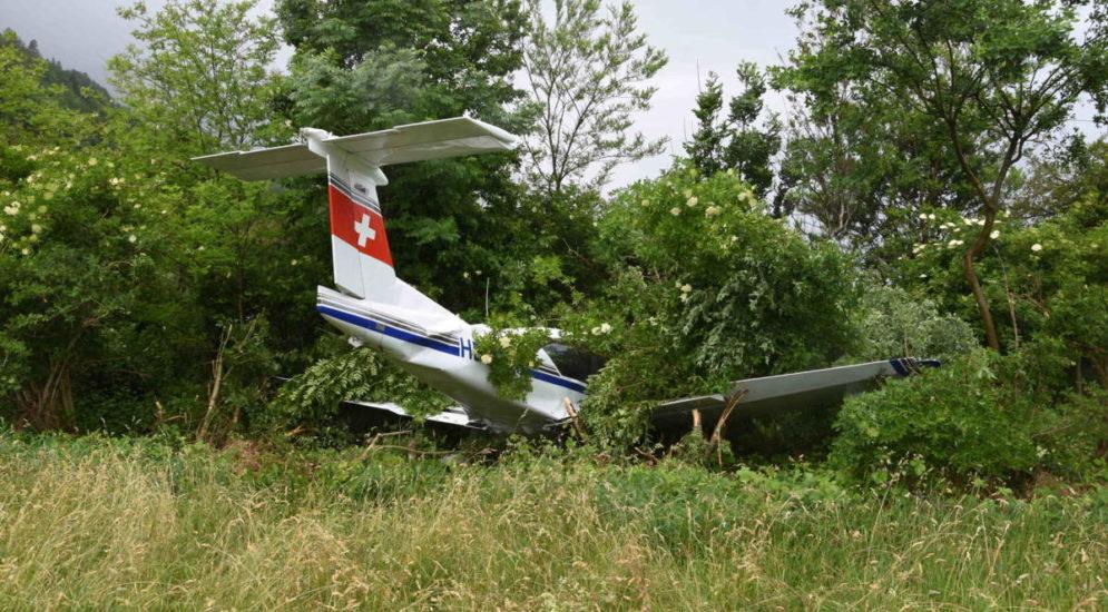 Bad Ragaz SG: Flugzeug fährt über Landebahn hinaus