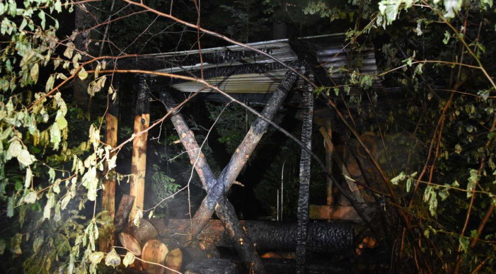 Bichwil SG: Brandstiftung am Waldrand