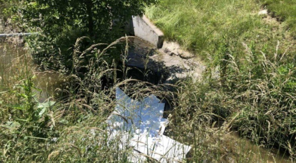 Belfaux FR: Öl in Sonnaz-Bach gelaufen