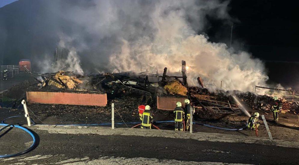 Brand in Gluringen VS: Stallung vollständig zerstört