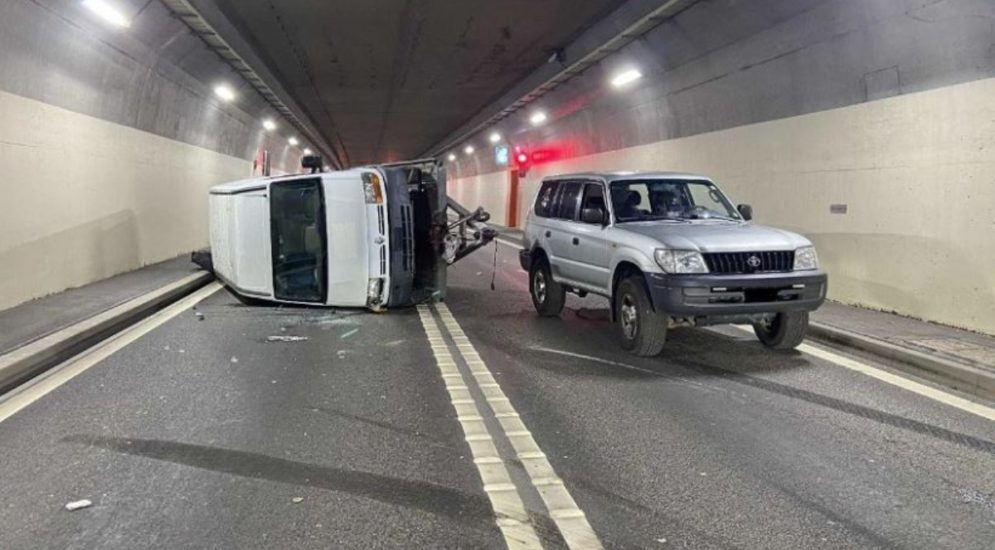 Unfall LaTour-de-Trême FR: Anhängers mit Übergewicht ins Schleudern geraten