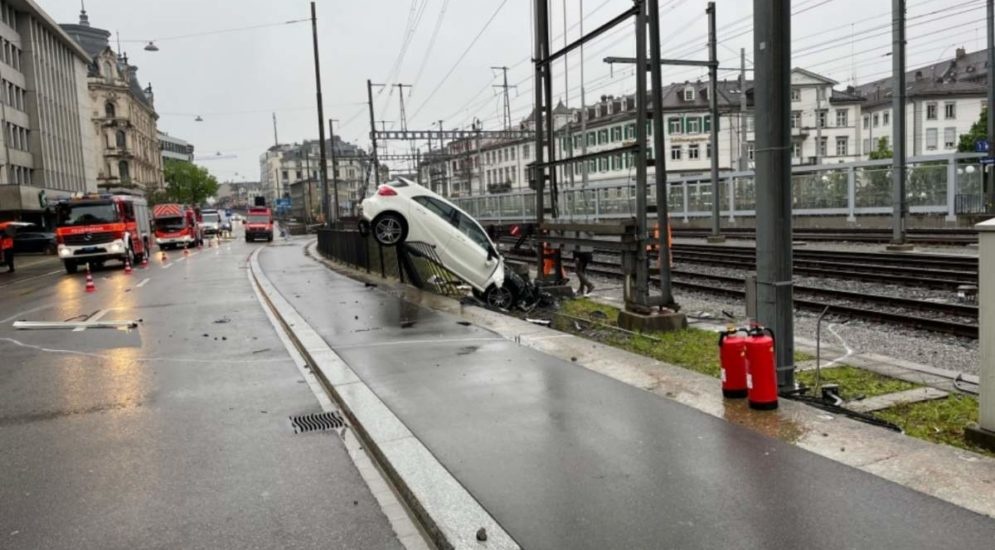St.Gallen: Nach Unfallflucht: 19-Jähriger ermittelt