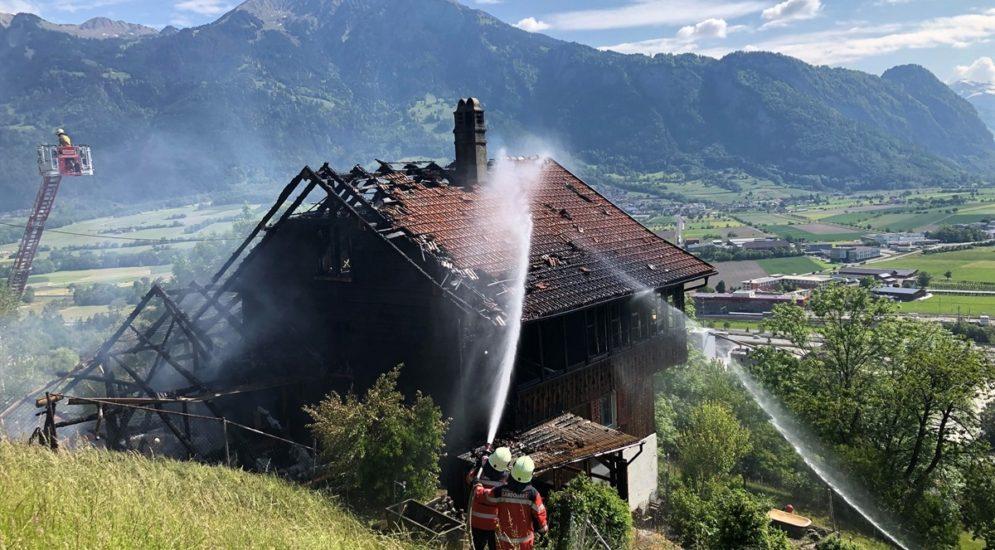 Mastrils GR: Wohnhaus mit Stall bei Brand zerstört