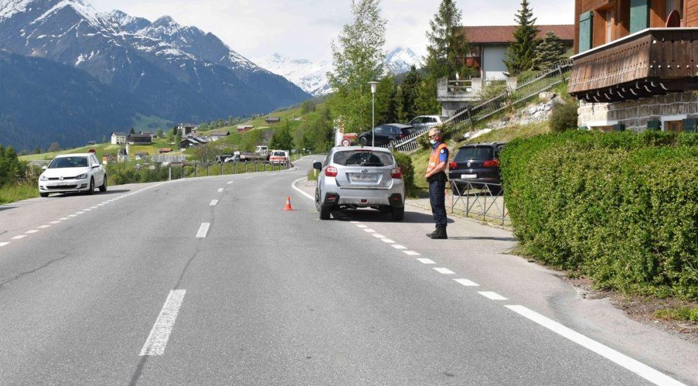 Degen GR: Fussgänger bei Unfall gegen Windschutzscheibe geschleudert
