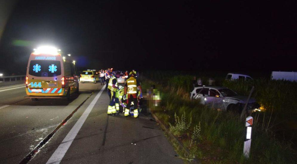 A1 Kestenholz SO: Unfall mit drei Autos - Frau ins Spital geflogen