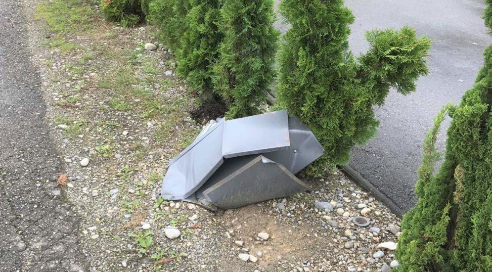 Unfall Ramsen SH: Briefkasten Thuja-Hecke und Holzzaun beschädigt