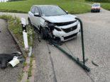 Unfall Arisdorf BL - Lenker (25) frontal gegen Beleuchtungskandelaber geprallt