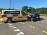 Eiken AG: 19-Jährige crasht bei Unfall in Notarztwagen im Einsatz
