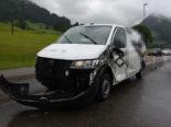 Alt St. Johann SG: Unfall beim Überholen