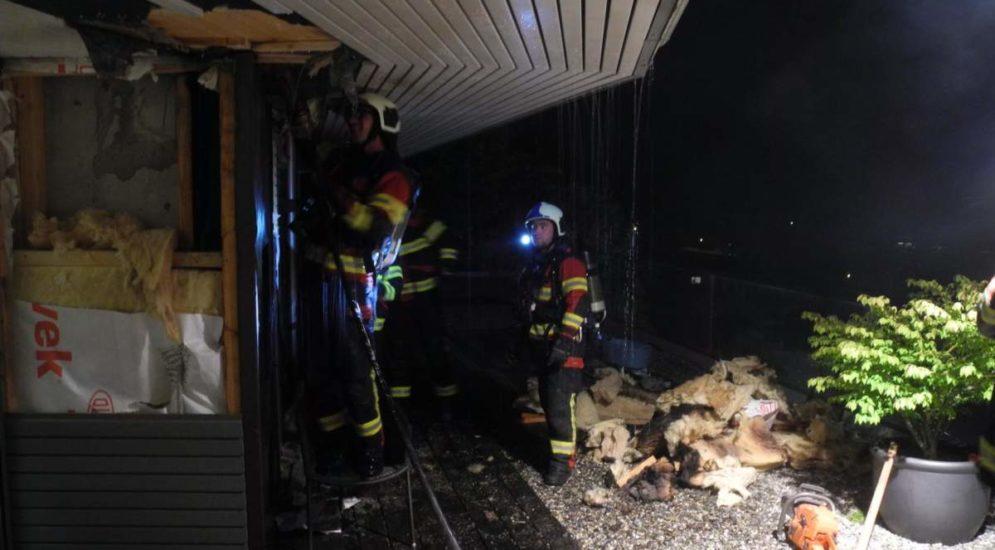 Euthal SZ: Feuer im Bereich eines Cheminées ausgebrochen