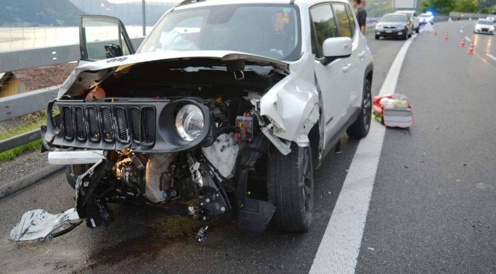 Beckenried NW: Schwerer Unfall auf A2 sorgt für Stau