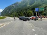 Wassen UR: Unfall zwischen PW und Motorrad auf Kreuzung