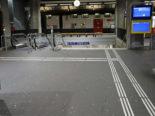 St. Gallen Bahnhof: Velofahrer stürzt die Treppe hinunter