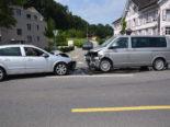 Thal SG: Zwei Autos kollidieren frontal bei Unfall