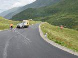 Tschamut SO: Motorradfahrer bei Unfall in PW gerutscht