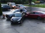 Unfall Schlierbach LU: 21-Jähriger fährt unkontrolliert in zwei parkierte Autos