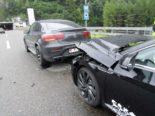 A3 Filzbach GL: Unfall vor dem Portal des Kerenzerbergtunnels