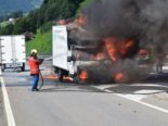 Saas im Prättigau GR: Lieferwagen komplett ausgebrannt