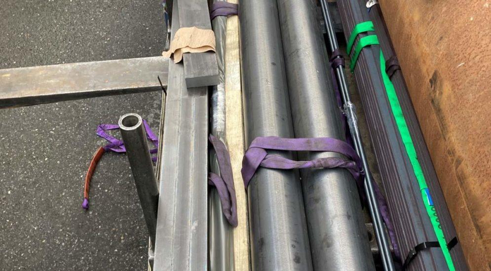 Glarus: Arbeitsunfall beim Abladen von Flachstahl