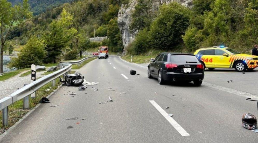 Unfälle Obwalden: Rollerlenker (17) nach heftiger Frontalkollision im Spital
