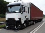A4, Schaffhausen: Unfall zwischen Lastwagen und Sattelzug wegen eines gelösten Rades