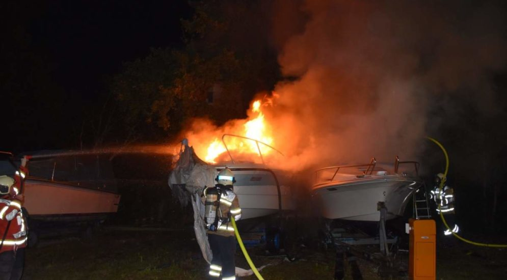 Bellach SO - Mehrere Boote in Brand