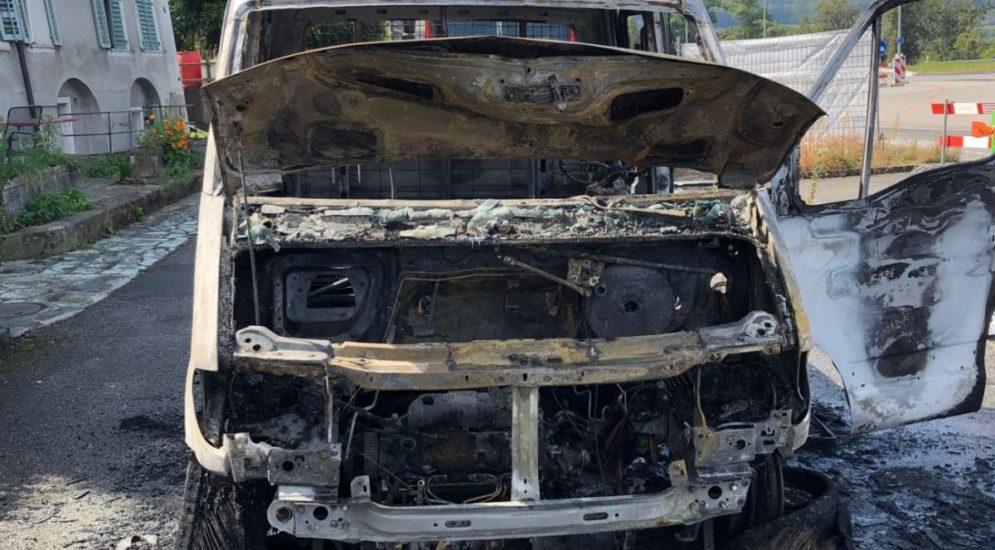 Wöschnau SO: Lieferwagen vollständig ausgebrannt