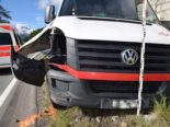 Champfèr GR: Lieferwagenfahrer donnert bei Unfall in Leitplanke