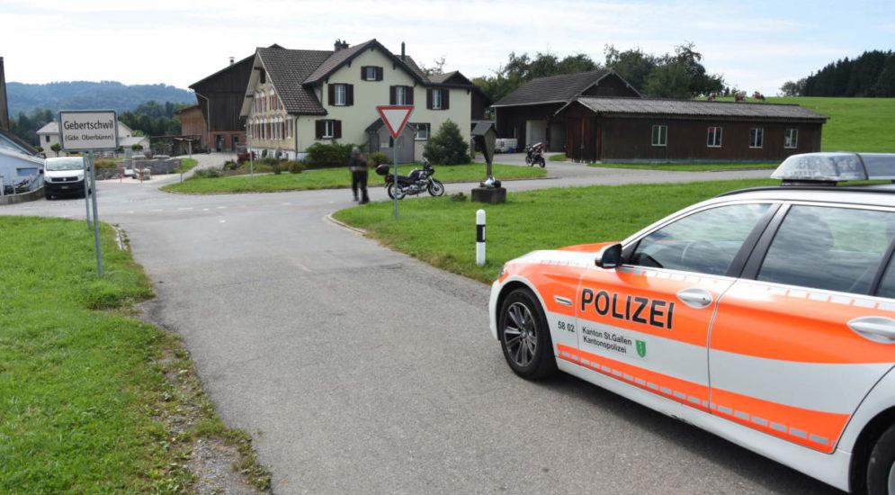 Unfall Gebertschwil SG: Crash Töff und Lieferwagen