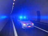 Frasnacht: Unkooperativer Chauffeur baut mit 2,4 Promille Unfall