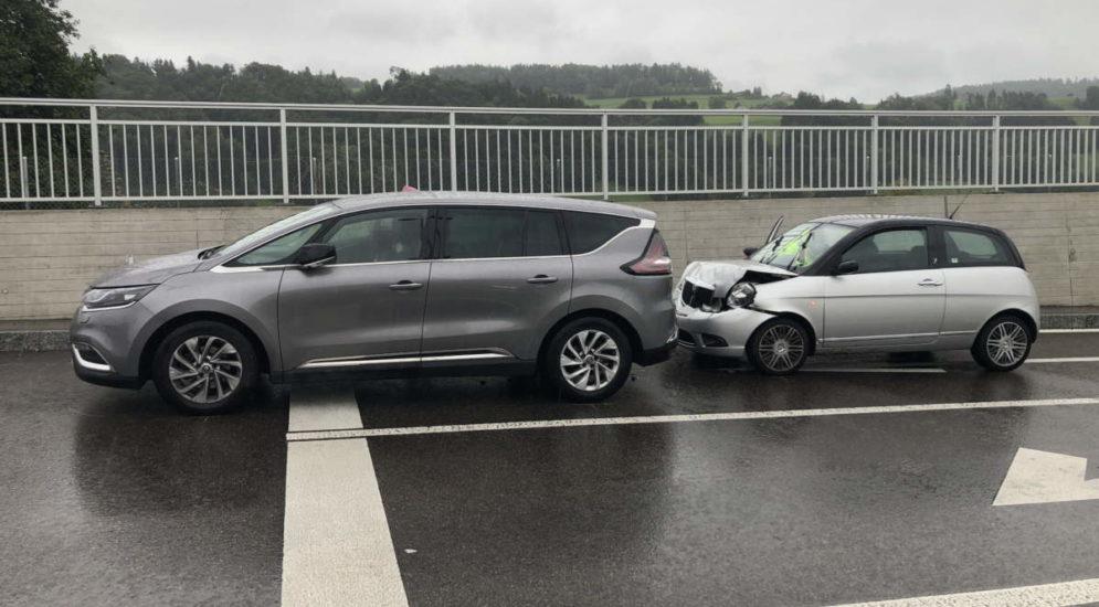 Bütschwil SG: Zwei Verletzte nach Unfall