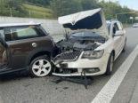 Unfall mit drei Autos auf der Autobahn A14