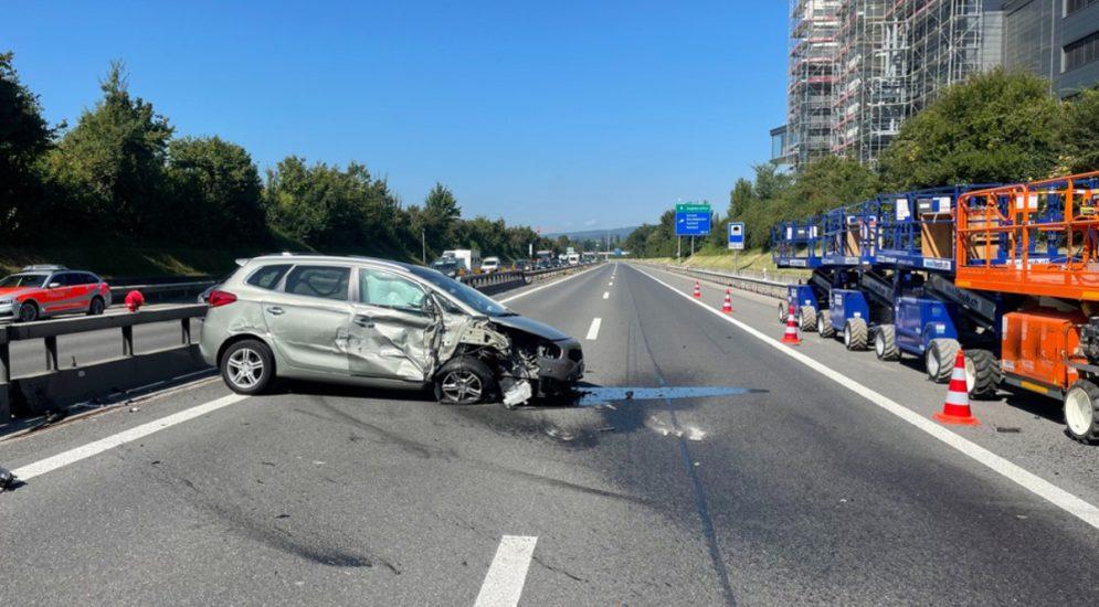 Sursee LU: Autobahn A2 wegen eines Unfalls gesperrt