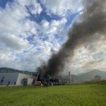 Breitenbach SO: Brand in Industriebetrieb erfordert Grosseinsatz