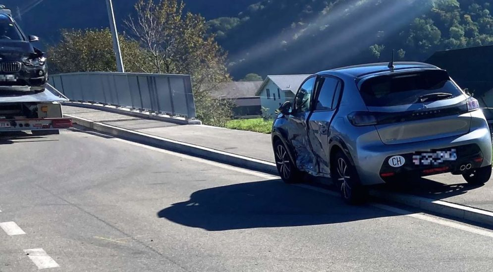 Unfall in Oberurnen GL - Vortrittsberechtigtes Auto übersehen