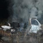 Oberriet SG: Lieferwagen gestohlen, Unfall gebaut und angezündet