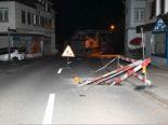 Degersheim SG: Alkoholisierter Lenker bei Unfall mit Baustellenabschrankung kollidiert