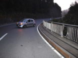 Urnäsch AR - Bei Unfall gegen Brückengeländer geprallt