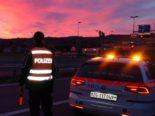Zug: Mehrere Blaufahrer - E-Scooterfahrer bei Unfall erheblich verletzt